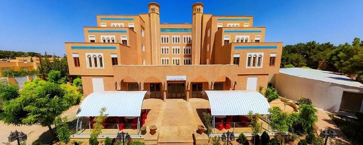 Yazd-Parsian-Hotel-1200x480