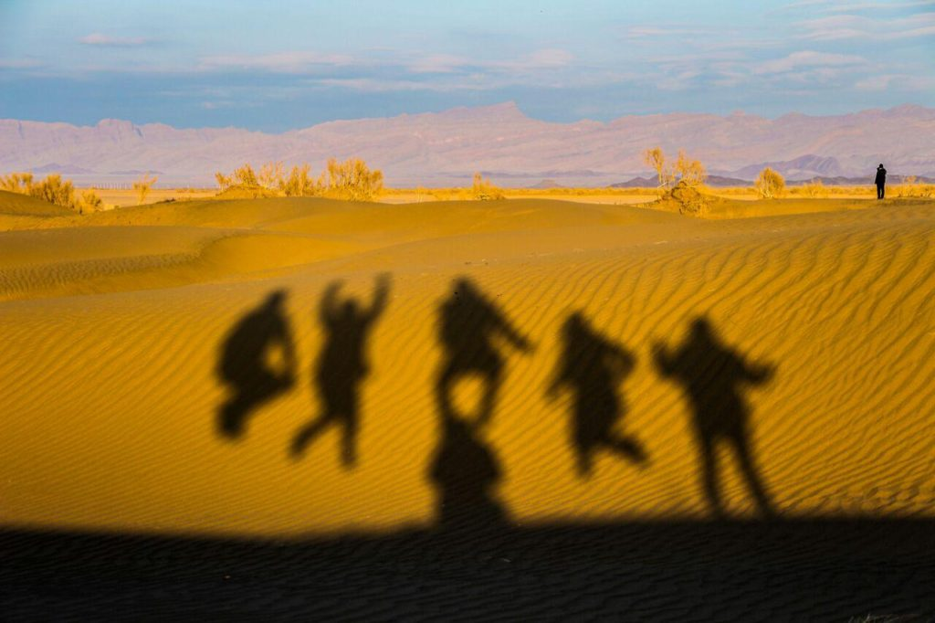 iran desert tours in halvan desert near tabas- Isfahan province
