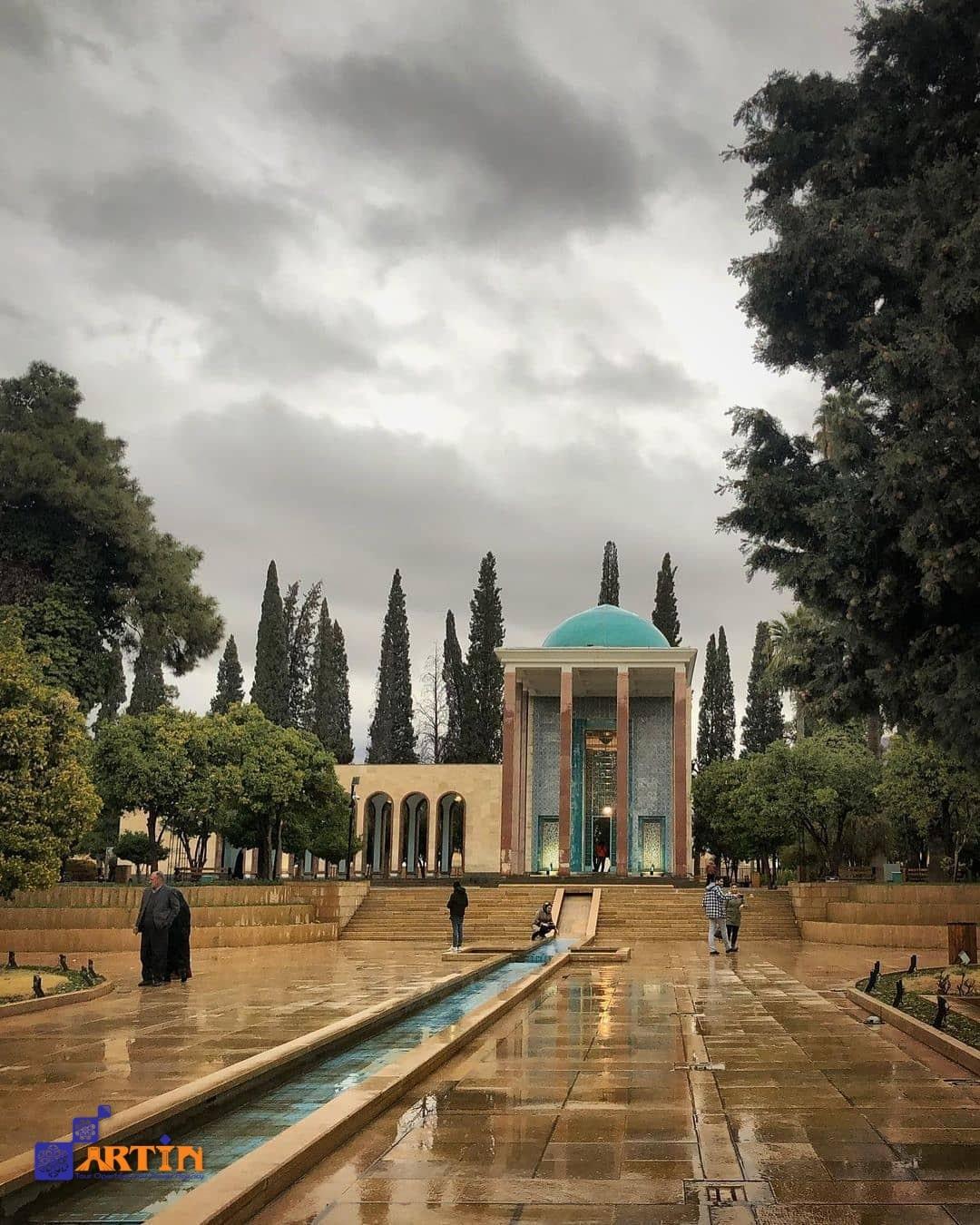 Saadieh in Shiraz Saadi tomb touristic destination