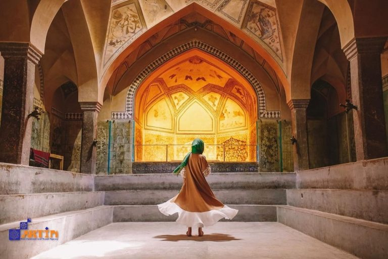 Ali Qapu palace Isfahan landmark