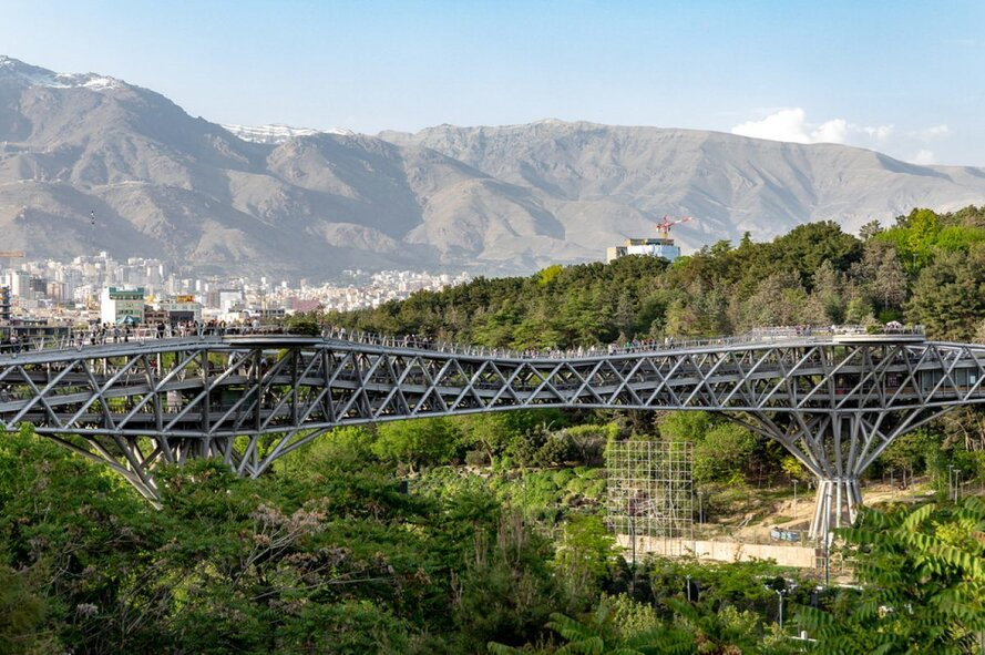 Tabiat-bridge-modern-tehran-travelartincom