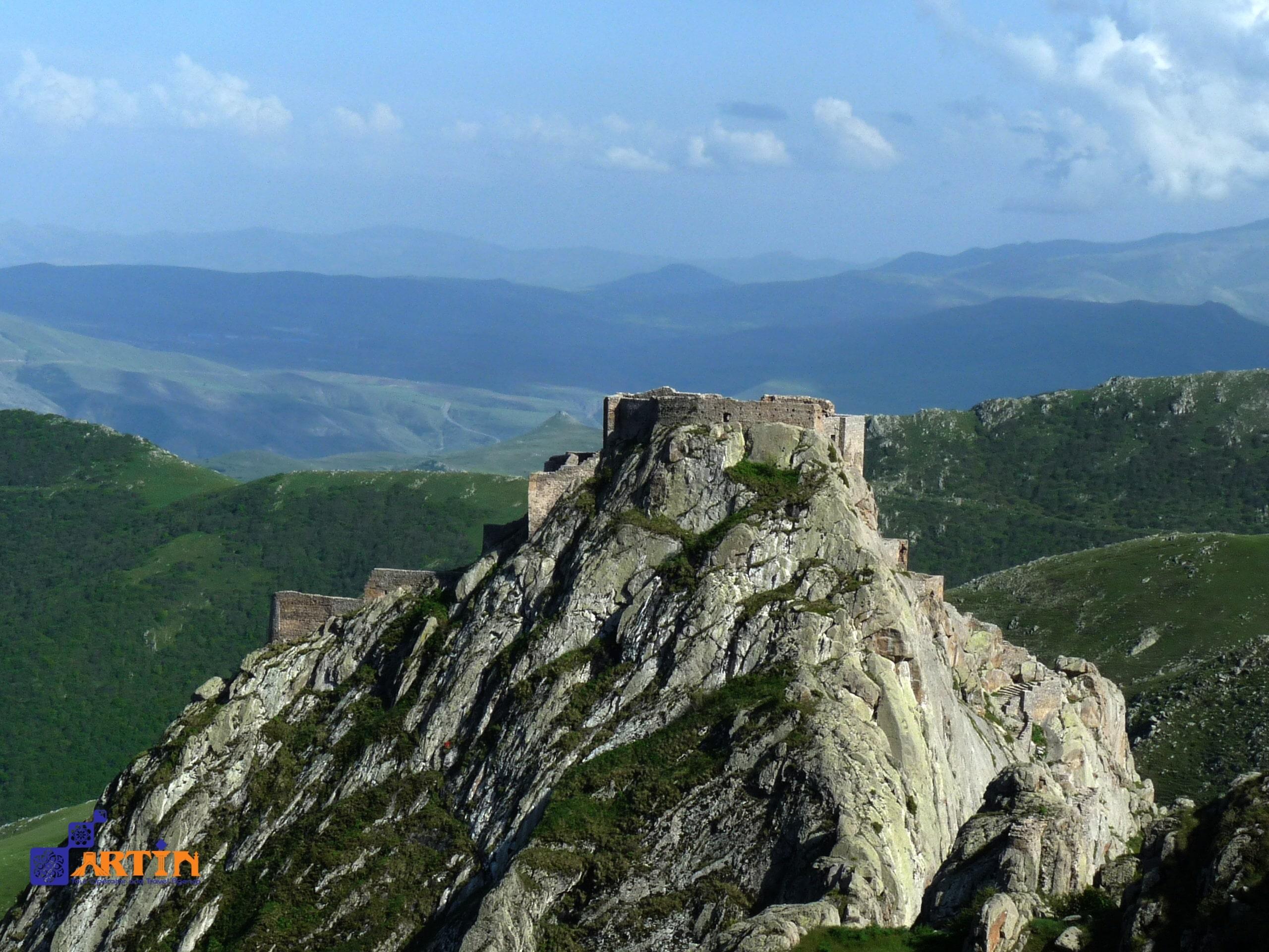 Babak Fort from above travelartin.com
