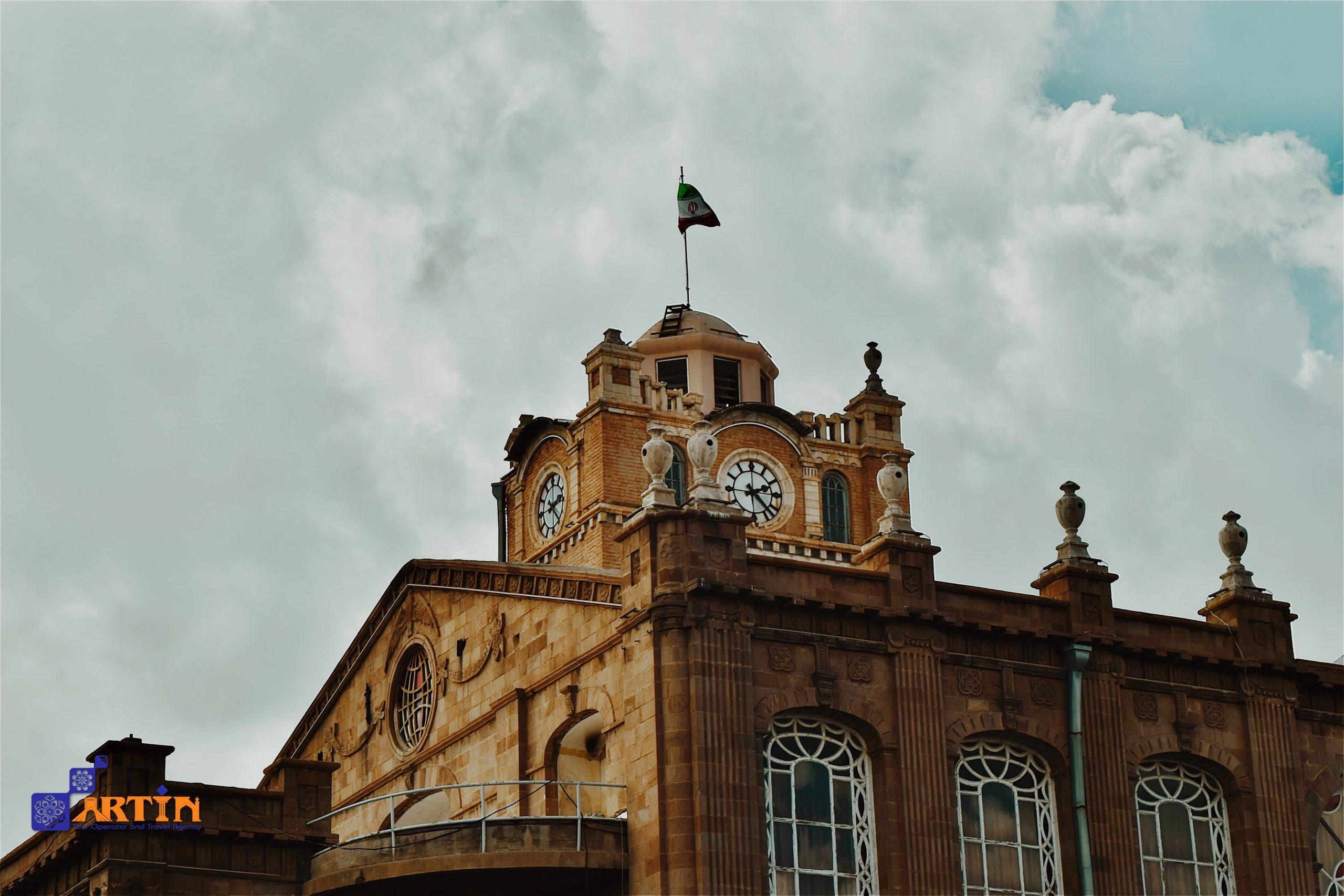 Tabriz-clock-tower-travel-guide-travelartin.com