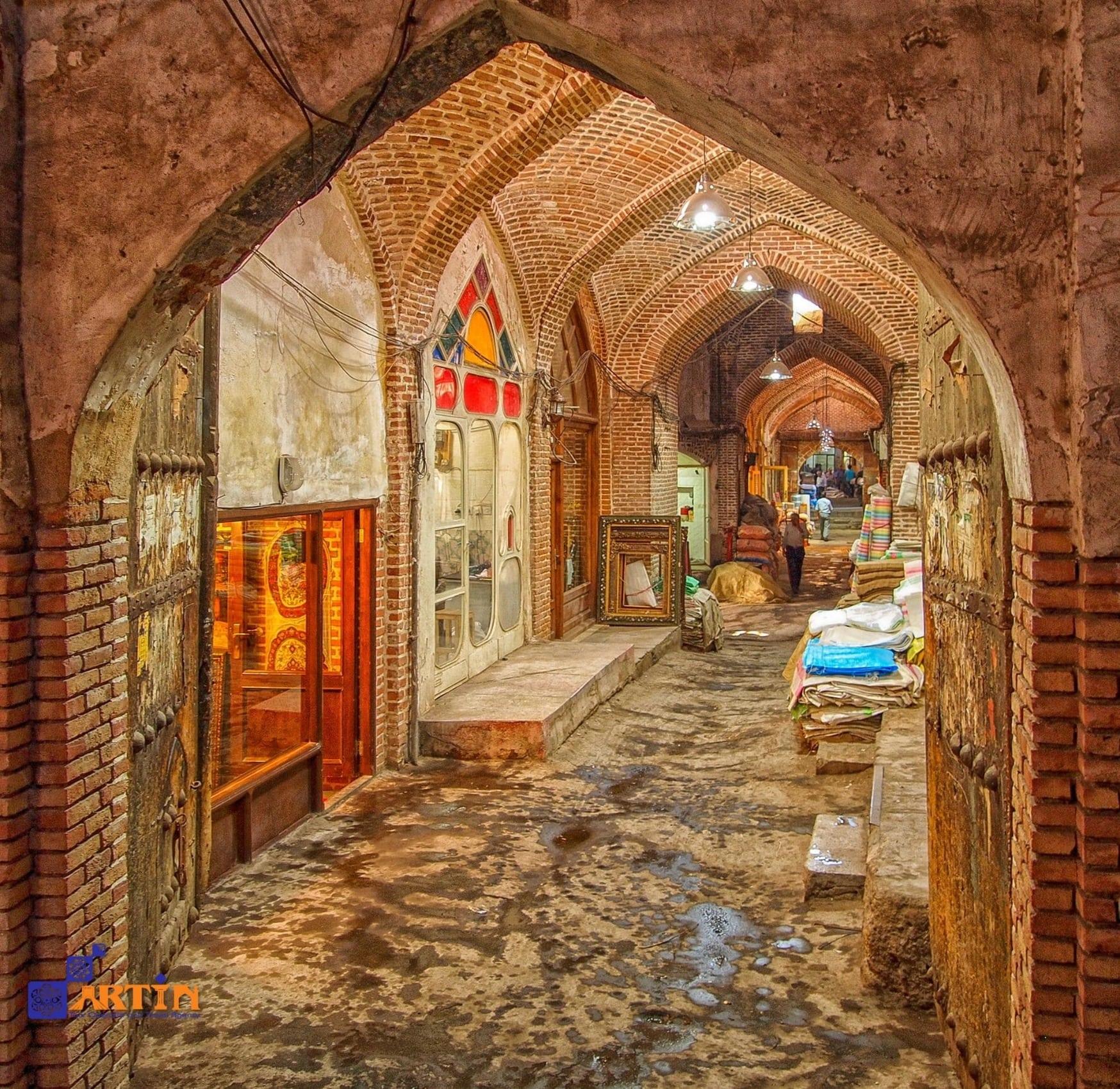 The-grand-bazaar-of-Tabriz-travelartin.com