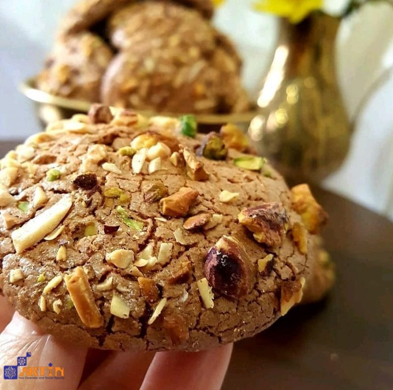 ghorabieh Tabriz souvenir what to buy from Iran Persian cookie
