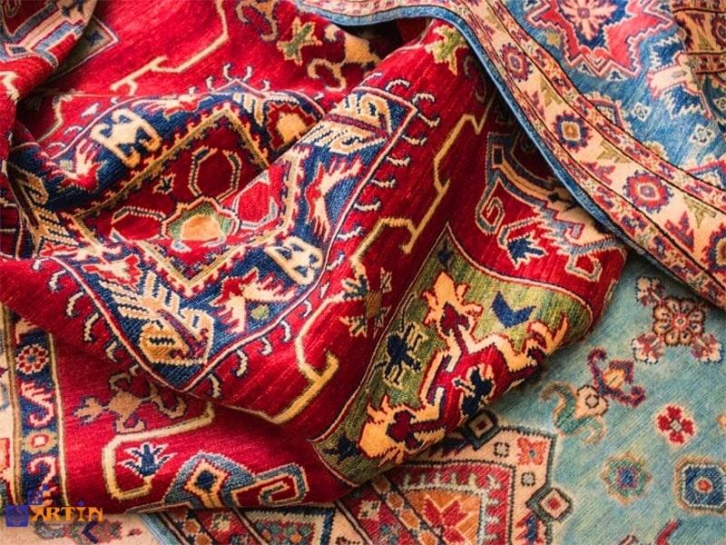 Persian carpet Kirmani carpet souvenir from Iran travelartin.com