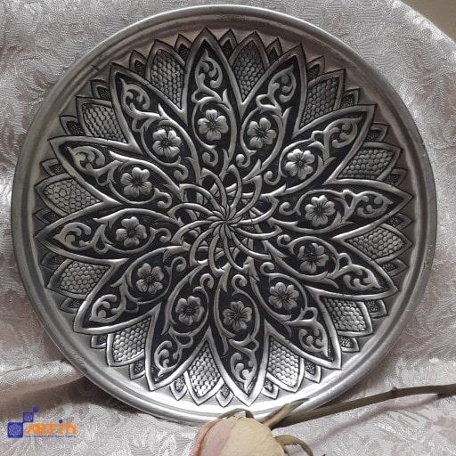 local art of Isfahan Ghalamzani Souvenir