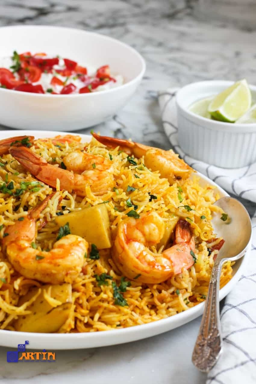 Shrimp dish must try foods in Iran