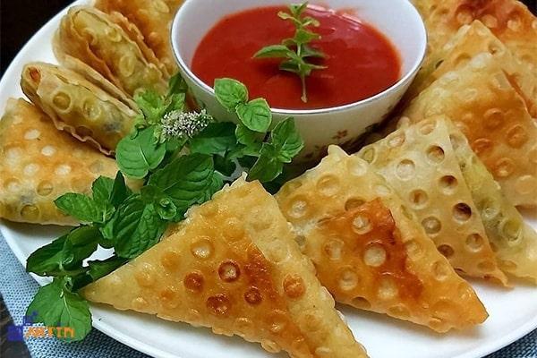 potato sambooseh Iranian vegan food