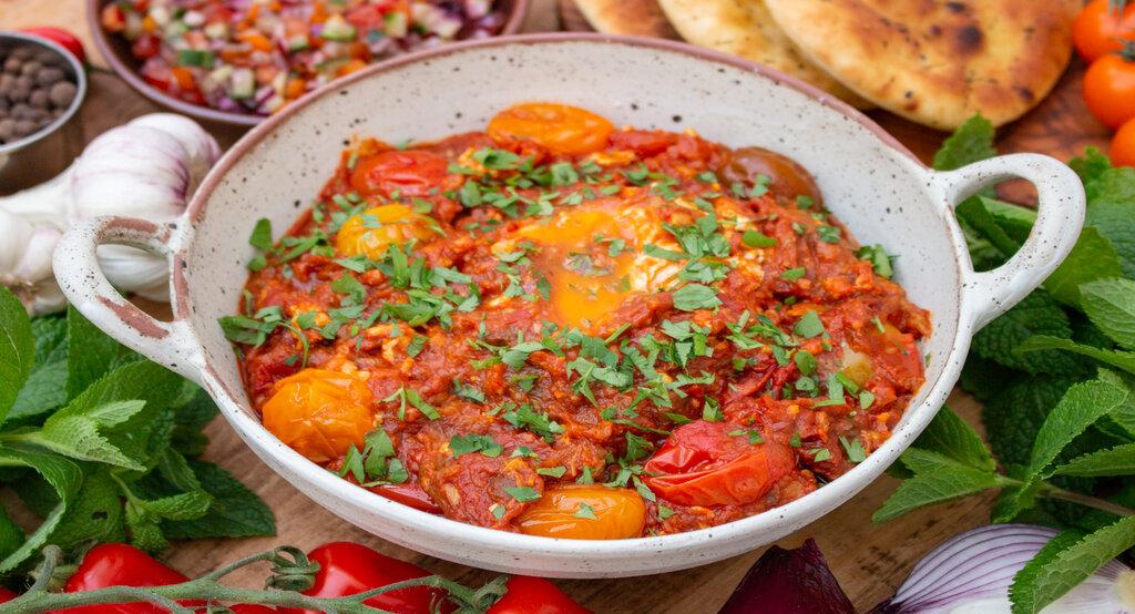 Mirza ghasemi Persian food of each city vegetarian