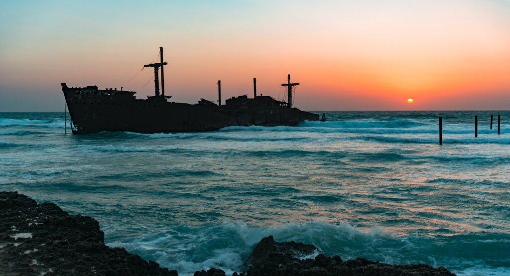 Complete travel guide to Kish island travelartin.com